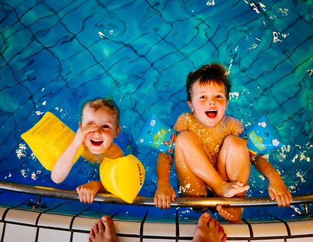 boysswimming